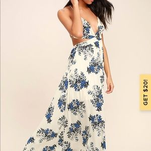 Perfect Memory White Floral Print Maxi Dress Small